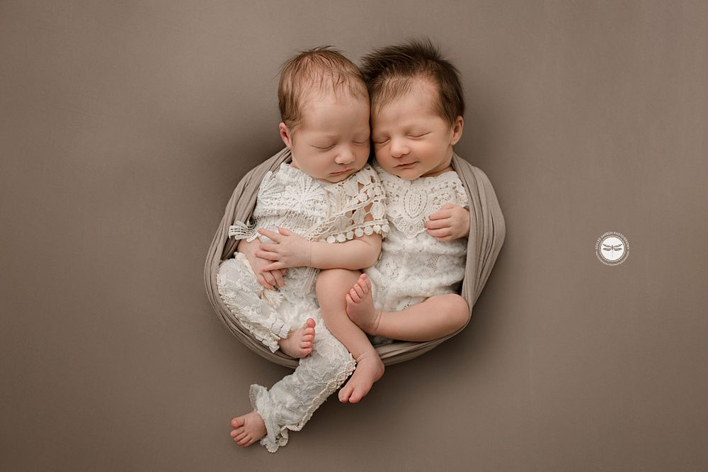 twins posed, brown white